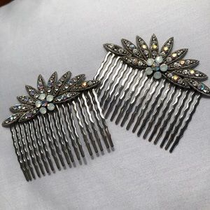 Accessories - Stunning Vintage Hair Combs, set of 2